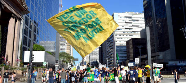 Bandeira agitada no protesto contra Ricardo Teixeira em São Paulo