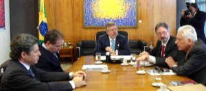 Marco Maia, presidente da Câmara, recebe manifesto pela aprovaçao do PL 6826/2010